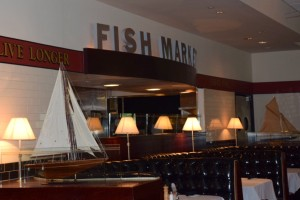 Lunch at mitchell 39 s fish market grand boulevard sandestin for Mitchell s fish market destin